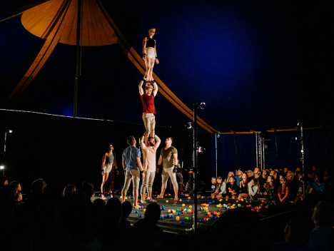 Sunday Gravity and the Other Myths A Simple Space Big Top (c) Tom Arran (76)